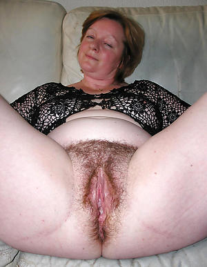 Amazing mature ladies cunts pics