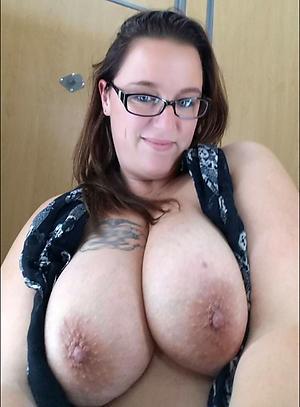 Amazing mature big tit pictures