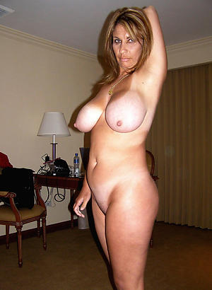 Inexperienced mature chunky tit pictures