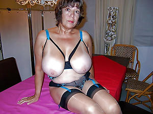 Porn pics be worthwhile for naked mature cougar photos