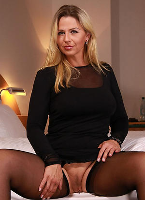 Slutty mature cougars xxx nude photos