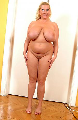 Inexperienced horny chubby mature