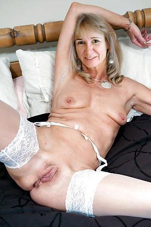 Pretty mature saggy tit