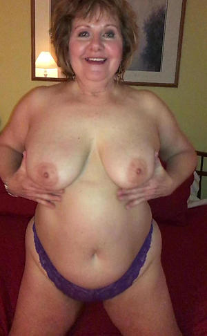Cross 40 coupled with matures porn pics