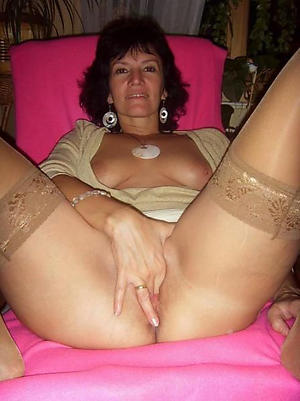 In one's birthday suit 40 plus mature pictures