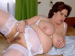 Awesome 40 mature porn photos