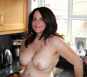 Amateur pics be advantageous to 40 mature porn