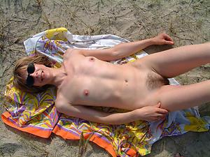 Pretty skinny mature ladies naked photos