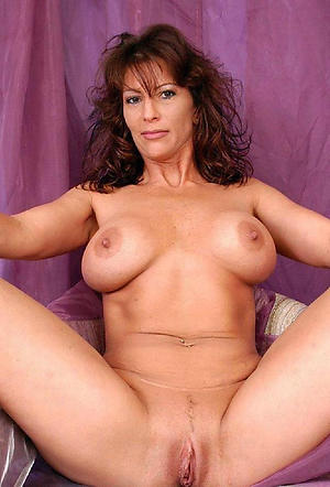 Amateur pics of mature girlfriend
