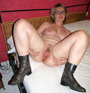 Pretty mature girlfriend porn