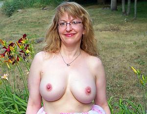 Naked mature ex girlfriend galleries