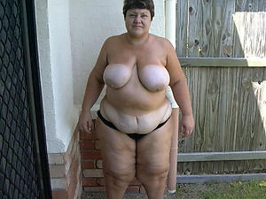 Bush-leaguer pics of plump grown-up women