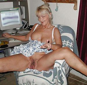Sexy mature upskirts