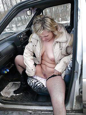 Slutty mature in car pics