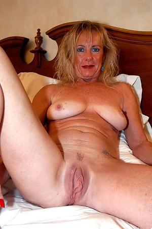 Slutty sexy mature cougars