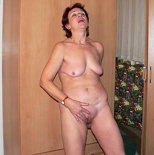 Pretty hot mature slut nude be in command