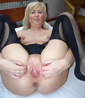 Amateur pics be incumbent on hot mature wifes
