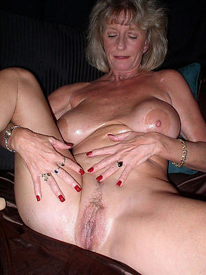 Cold mature women vagina photos