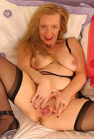 Nude mature women vagina