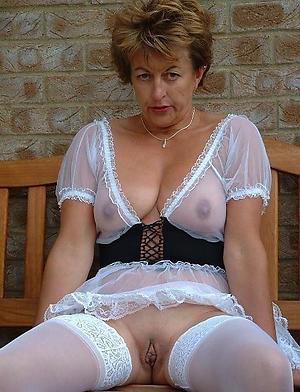 Amateur pics of mature erotic