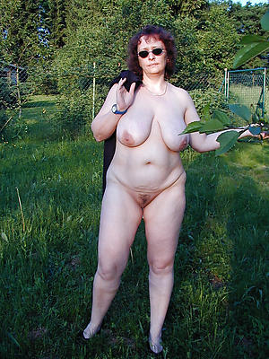 Wet mature german pussy pictures