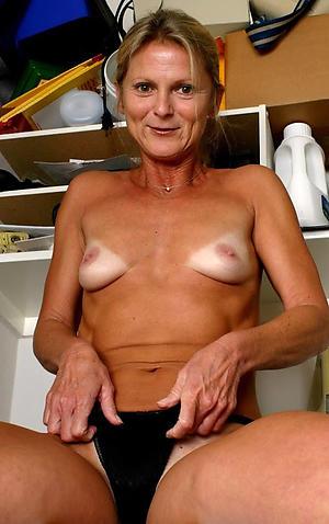 Xxx german mature naked pics