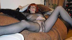 Slutty mature in pantyhose nude pics