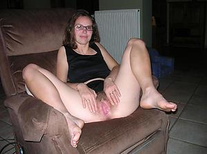 Mature wet pussy pics