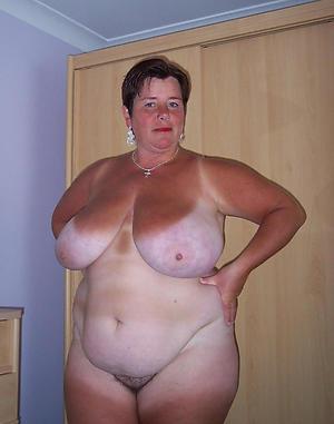 Curvy women nude
