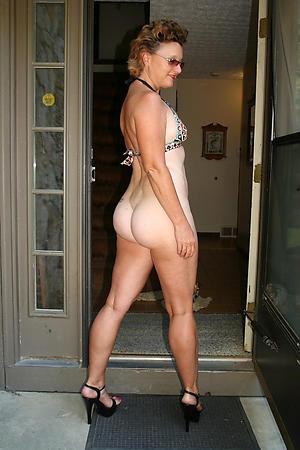 Amazing full-grown women sexy photos