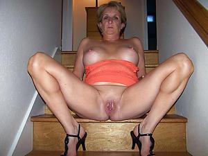 Shaved mature pussies slut pics