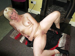 Nude grown up shaved pussy galleries