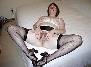 Amazing sexy mature legs