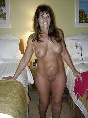 Slutty mature hotties nude