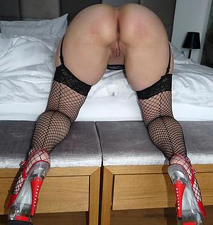 Hot porn of mature milf in heels