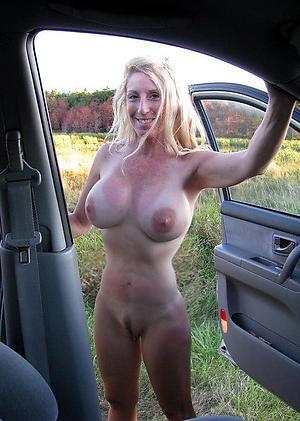 Sexy white mature sluts nude pictures