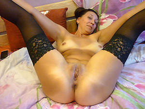 Naked mature ex girlfriend pictures