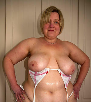 Chubby gradual mature women porn pics