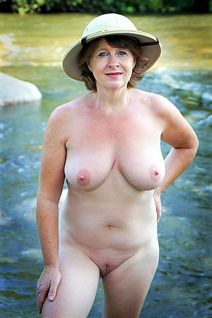 Amateur classic mature pussy pics