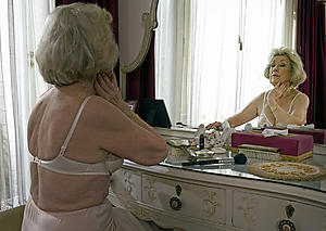Slutty denuded grandmothers pics
