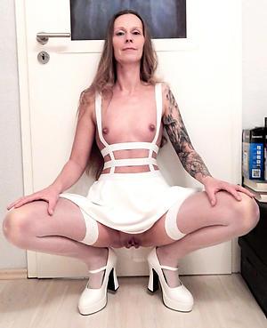 Nude tattoed mature women pics