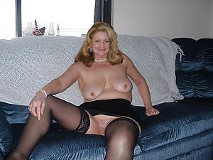 Wet pussy amateur mature ladies nude pics