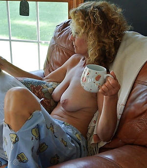 Slutty amateur mature housewives pics