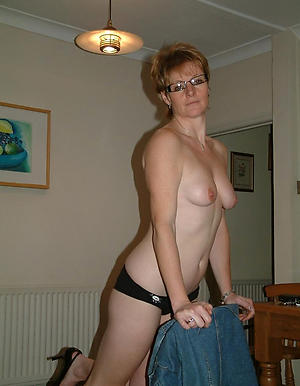 Crabby mature sexy housewives naked photos
