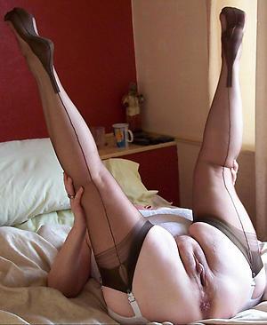 Sexy hot mature pussy slut pics