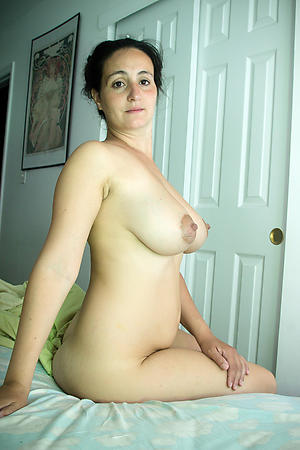 Wet pussy beautiful matures pictures