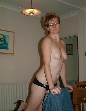 Slutty sexy mature moms naked pics