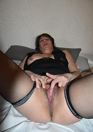 Amateur tasteless mature cunts porn pics
