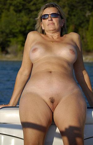 Slutty chubby old women sex photo