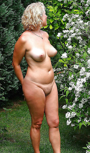 Xxx sexy chubby women photos